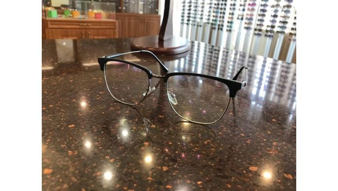 Правильный уход за очками