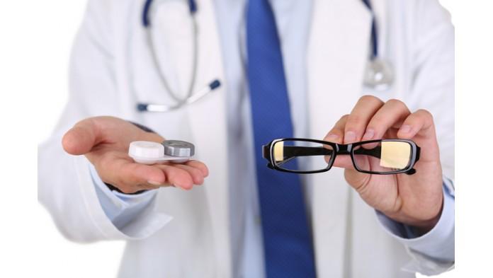 Почему рецепты на очки и линзы отличаются.